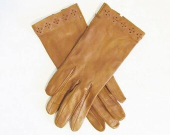 50% OFF SALE Vintage 1950's Brown Soft Kid Leather Wrist Gloves