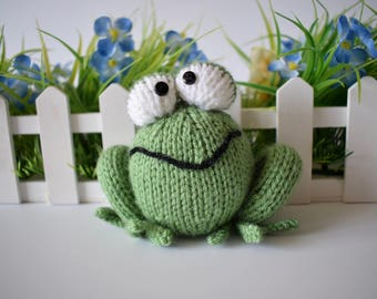 Froggy toy knitting patterns