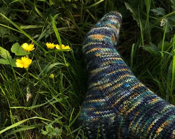 FIREFLY ~ Sock knitting pattern - easy- for all wool/Ramie or similar yarns