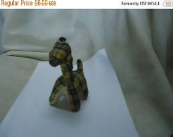 Back Open Sale Vintage Yellow Checkered Stuffed Giraffe Toy, Animal, collectable