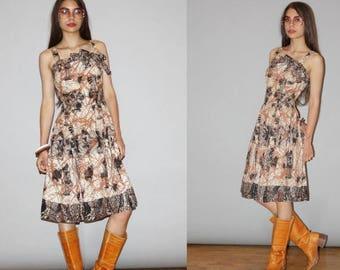 On SALE 35% Off - 50s Vintage Graphic Tribal Batik Cotton Dress  - Vintage 1950s Cotton Dresses  - 50s Batik Dresses - The Spice Route Dress