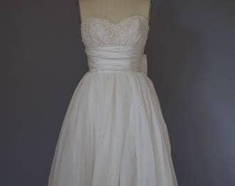 Vintage 1950s Dress / Strapless Dress / 1950s Wedding Gown / Vintage Wedding Dress / Chiffon Dress Vintage Bride / Bridal Gown Wedding Dress