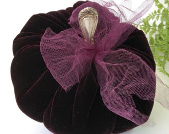 Velvet Pumpkin - Black Plum - with vintage silver stem