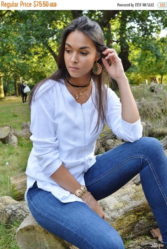 Autumn Dress 20% OFF/ Magrib Style White Shirt -perfect for casualwear, loungewear, as birthday, honeymoon gifts for her, resortwear, christ