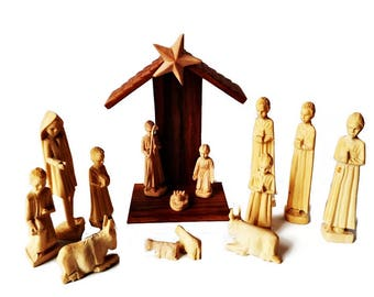 Vintage Wooden Nativity Set, 15 Piece Hand Carved, Christmas Creche Decoration, Nativity Characters