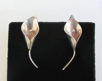 Sterling Silver Calla Lily Earrings - Vintage Screw Back