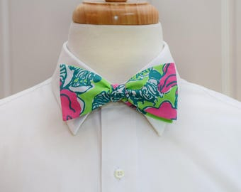 Men's Bow Tie, green pink Bloomin Cacoonin lilly print, wedding bow tie, groom bow tie, groomsmen gift, floral lilly bow tie, prom bow tie,
