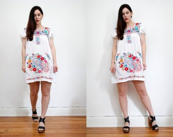 Vintage 70s Floral Cotton Mexican Dress Embroidered Oaxaca Dress Sz S M