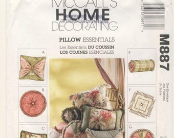 McCall's Home Decorating - Pillow Essentials One size Eight different pillows