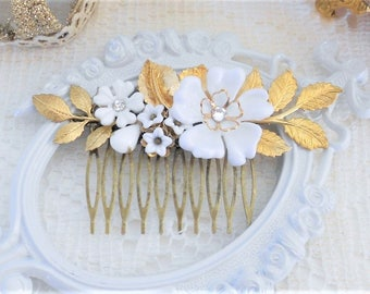 White and Gold Hair Comb, Flower Hair Comb, Floral Hair Comb, Gold Leaf Hair Comb, Jeweled Hair Comb, Assemblage, White and Gold Wedding