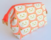 Wipeable Coral and Gold Foil Cat Wireframe Bag, Large Toiletry Bag, Spillproof, Cosmetics, Wetbag