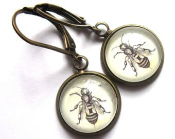 Bee Earrings Vintage Style Sepia Glass Retro Fashion Jewelry