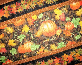Fall Table Runner, Thanksgiving, Autumn, handmade, quilted, fall leaves, pumpkins, birds, horn a plenty, Wall hanging