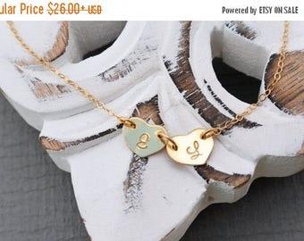 SALE - Heart Charm Bracelet, 14k Gold Fill Heart Jewely, Mother Best Friend Gift, Graduation Initial Bracelet, Christmas gift, Best Friend