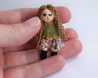 1.75 inch ultra-tiny pocket bendy doll, dollhouse doll, miniature doll, ooak doll, handmade doll, hand-painted doll, hand-sewn doll, chibi