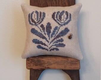 Primitive cross stitch sample cupboard folk art flower tuck/pinkeep small pillow Priscilla's Pocket Stoneware II design #6