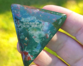 SALE 50mm triangle Bloodstone cabochon or Blood stone Jasper 75ct 50 by 48 by 4.5mm