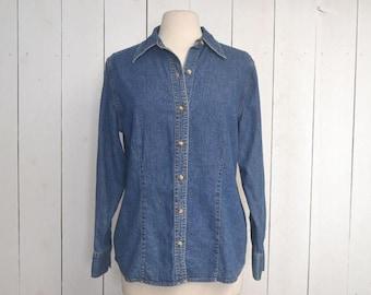 34% Off Sale - Denim Chambray Button Up - Early 90s Eddie Bauer Womens Oxford Shirt - Medium Wash - Medium M / Large L