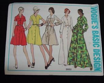 Vintage Pattern Vogue Basic Design No.2852 Dress, Size 10,  Uncut