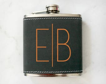 Custom Leatherette Flask, Groomsman Flask, Best Man Flask, Personalized Flask, Wedding Party Gift, Personalized Flask, Hip Flask, Engraved