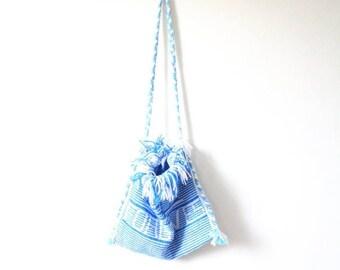 """30% OFF SALE Vintage southwestern """"jesus Forgives"""" purse // satchel bag // hippie purse // festival purse // navajo bag / blue woven bag / b"""