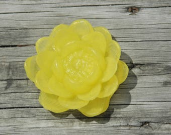Lotus Flower Soap ~ Water Lily Soap ~ Yellow Flower Soap ~  Glycerin Flower Soap ~ Lotus Soap ~ Bridesmaid Gift
