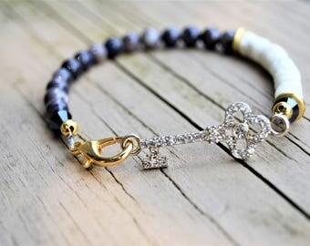 RHINESTONE KEY BRACELET Grey Shell Beads Off White Shell Rhinestone Key Gold Accents