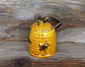 Vintage Bee Hive Honey Jar Honey Pot with Bees Farmhouse Kitchen Decor