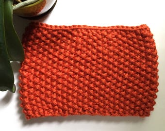 Everyday Seed Stitch Cowl in Portsmouth Pumpkin// Pumpkin Cowl // Fall Cowl