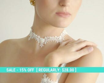 SUMMER SALE lace necklace collar ivory bridal necklace