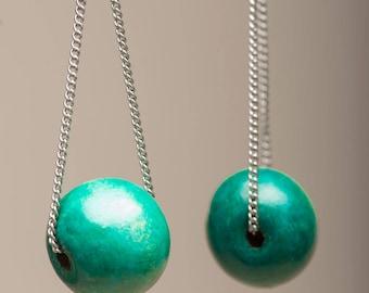 Wood and chain pendant earrings / wooden earrings / wood jewel / chic pendant earrings / balck and green earrings / ebony jewel / gift idea