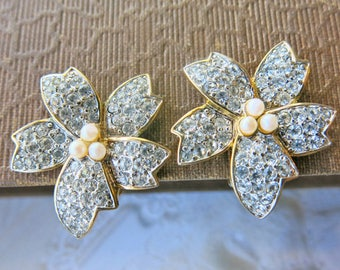 Bridal Earrings Vintage Clip On Earrings Vintage Rhinestone Pearl Earrings Vintage Soleil Earrings Flower Statement Earrings