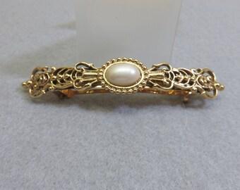 Vintage Elegant Golden Filigree Metal Faux Pearl Hair Barrette