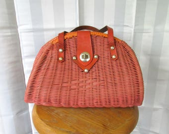 Vintage Rattan Handbag 1950s 1960s Orange Salmon Peach Wicker Leather Purse Large Woven Basket Bag Made in Hong Kong for Simon