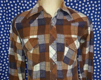 1970's pearl snap flannel shirt, roomy small