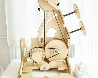 Spinolution Worker Bee spinning wheel  Free shipping