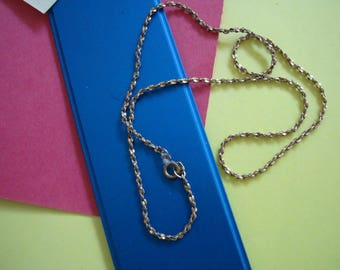 17  inch GOLD COLORED CHAIN is a 1/16 inch wide rope chain. Please see photos and description area