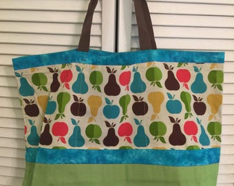 Apples and pears market tote bag