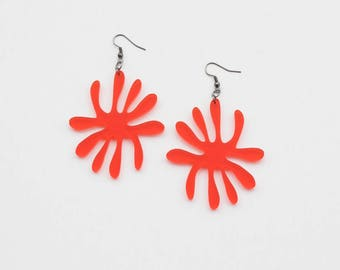 Red palm leaf earrings, organic shape earrings, flower earrings, red earrings, acrylic earrings, laser cut earrings