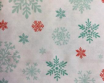 Studio e  3019 Peppermint Penguin 100% Cotton Fabric by the Half Metre