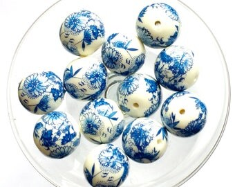 Vintage Japanese Decal Beads, 12 Piece, Arcylic Blue Floral Beads, 12mm, Vintage Supplies, Beading Supplies, Bsue Boutiques, Item03255