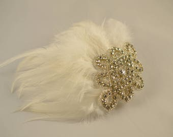 Wedding Fascinator, Feather Fascinator, Ivory Fascinator, Feather Hair Clip, Bridal Hair Accessory, Feather Hair Accessory, Ready to Ship