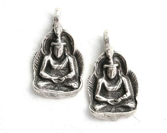 Silver Buddha figure metal charm, Antique Silver, buddha figure pendant bead, Lead Free, 2pc - F614
