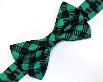 Green & Black Plaid Bow tie, green plaid bow tie, plaid bow tie, Christmas bow tie, men's bow tie, boys bow tie, Christmas outfit, green tie