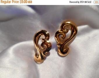 50% Off Sale Avon Golden Hues Pierced Earrings