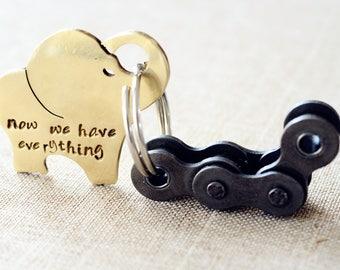 Elephant keychain, Personalized keychain, customized keychain, father's day gift, wedding , Gift for Mom, encouragement gift, famliy gift