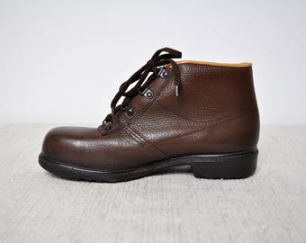 Vintage Brown Sturdy Leather Lace Up Ankle Hiking Boots
