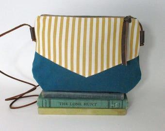 San Fransisco. Crossbody purse - Summer purse - Small canvas bag - Cross over purse -Festival purse- Teal - Yellow- Nautical - Ready to ship