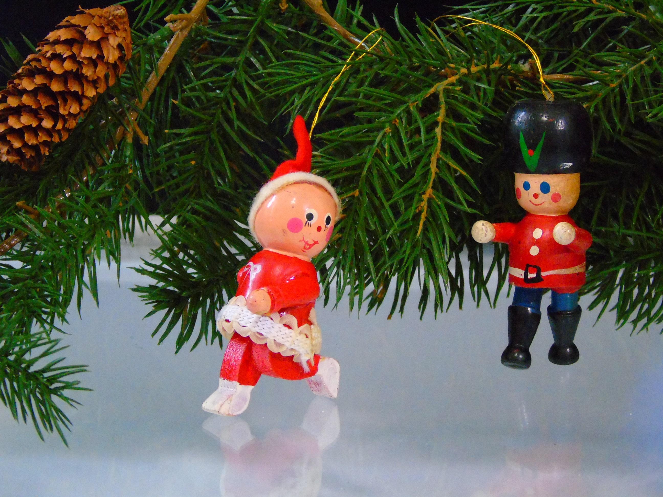 Christmas Wood Ornaments Vintage 1970 Taiwan Tree Decorations