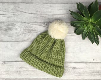 Womens pom pom hat winter hat, ski hat, knitted hats men, green hat, adult size hat, chunky knit hat, wool hat, mens beanie, hand knitted